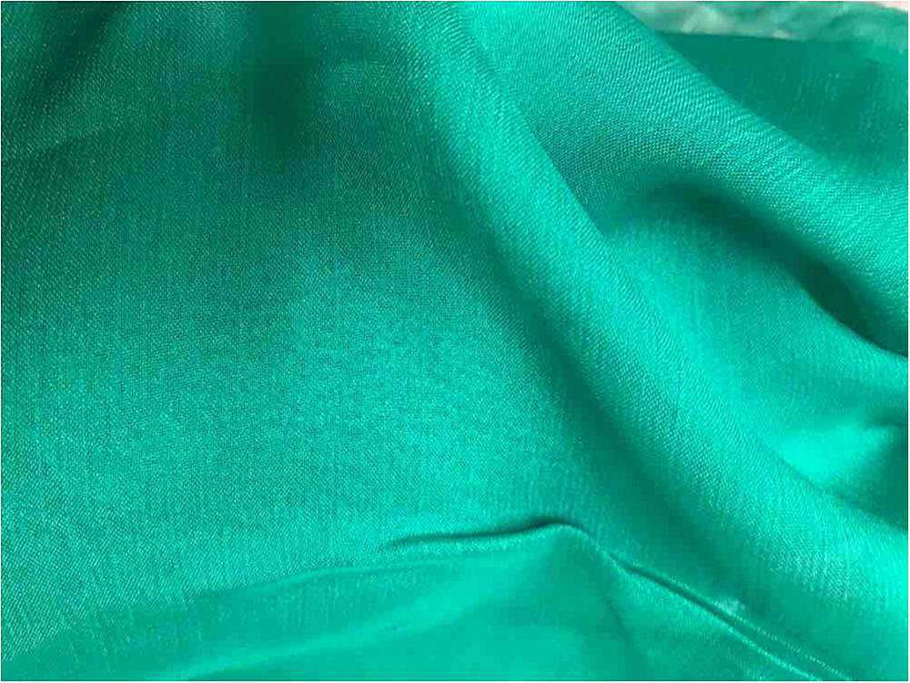 DDCHS 5860 / FORESTGREEN3002 / DOPE DYED CATATONIC CHIFFON